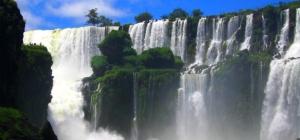 iguazu falls large